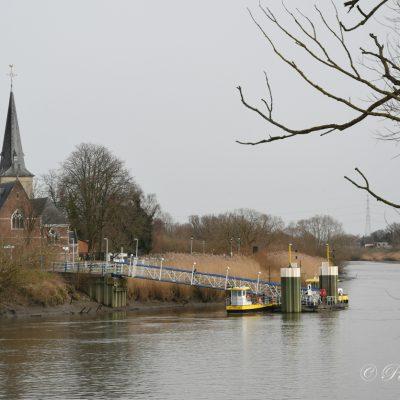 Kerk Mariekerke en veer